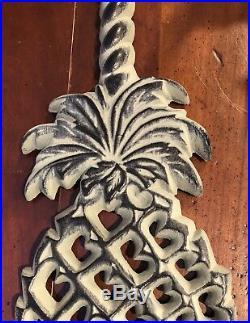 2001 Virginia Metalcrafters Williamsburg Pineapple Porter Doorstop Cast Iron USA