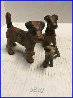 VINTAGE HUBLEY CAST IRON 3 Family FOX TERRIER DOG DOORSTOP