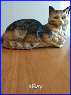 Vintage Cast Iron Hubley Cat Statue Doorstop