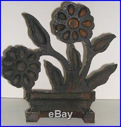 Vintage MODERNISTIC FLOWERS Cast Iron Doorstop 1930's Art Deco HTF