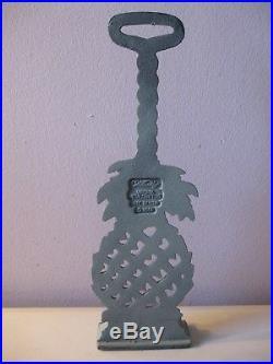 Virginia Metalcrafters Williamsburg Pineapple Doorstop Cast Iron Blue/gray